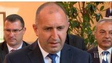ИСТИНАТА ЛЪСНА: Радев призна за есемесите с Бобоков, а бизнесменът излъга в ефир, че му няма телефона