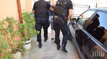 След акцията в Гоце Делчев: 18 задържани, 3-ма с обвинение (СНИМКИ)
