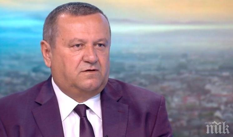 Хасан Адемов: РЗИ ще глоби 10 депутати без маски