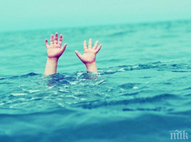 ТРАГЕДИЯ: Жена се удави в Поморие