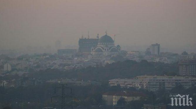 Заради бума на заразените: Въвеждат извънредно положение в Белград