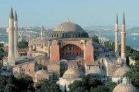 ЦЕЛЯТ СВЯТ ВЪСТАНА: И Русия срещу Ердоган за