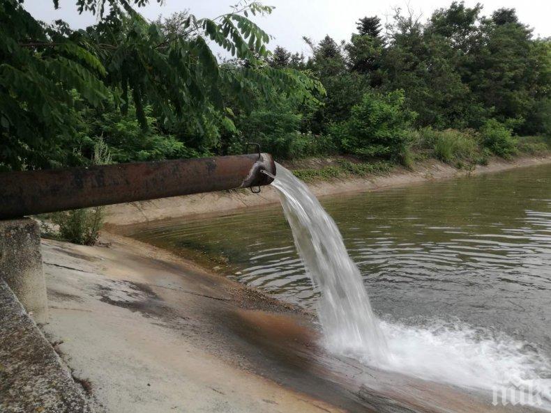 След 12 часа ремонти, възстановиха водоподаването в района на Каварна