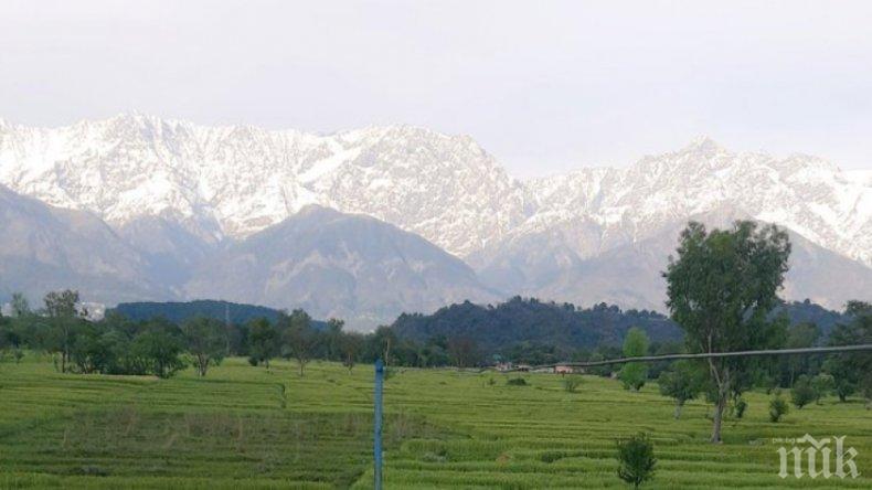 Индия и Китай изтеглят войниците от спорен граничен район в Хималаите
