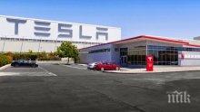 """""""Тесла"""" планира да наеме до 10 500 души за завода си край Берлин"""