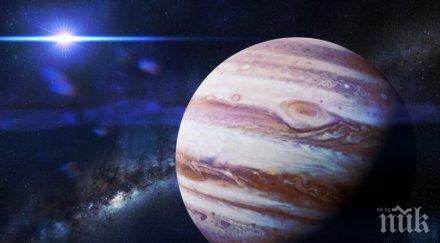 невероятно вадете биноклите юпитер луните виждат