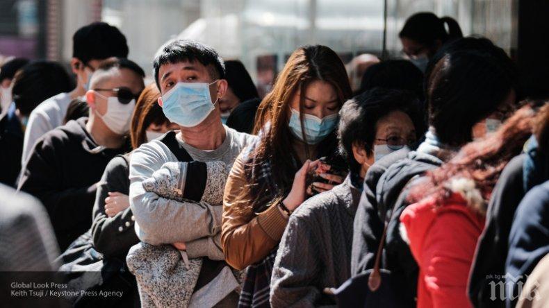 Евакуираха цял квартал на Шанхай заради трима заразени с COVID-19