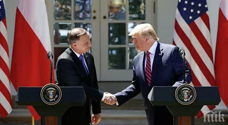 """Доналд Тръмп поздрави """"своят приятел"""" Анджей Дуда за преизбирането му за президент на Полша"""