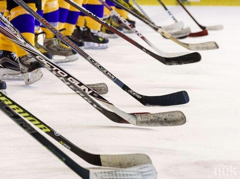 """24 тима от НХЛ пристигнаха в Торонто и Едмънтън за участие в плейофите за Купа """"Стенли"""""""