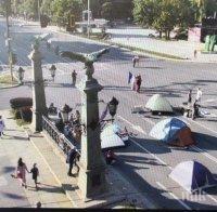 ПИСМО ДО ПИК: Питам Борисов, Фандъкова и Терзийски - да напусна София или сам да почистя Орлов мост от боклуци? Колко още да търпя?