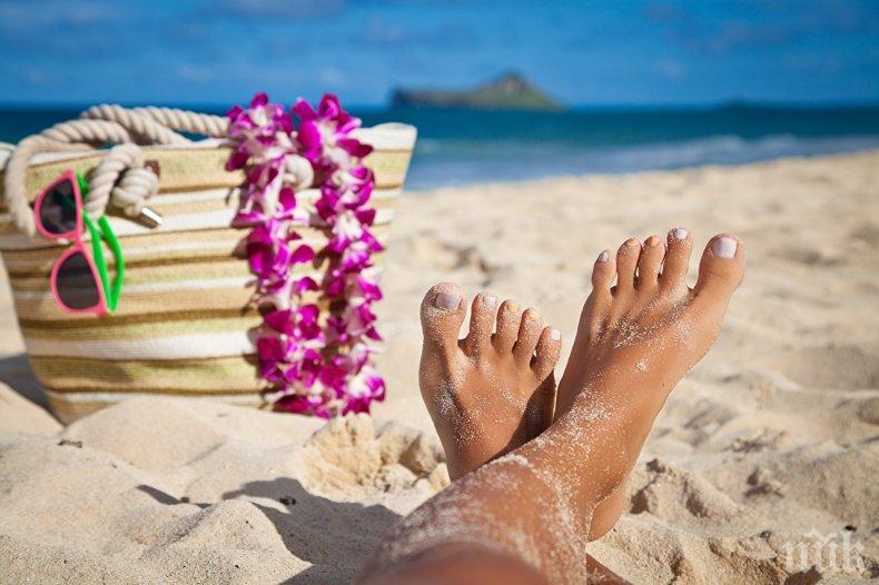 ОТПУСКАРИ, ВНИМАВАЙТЕ! Пясъкът на плажа е идеална среда за размножаване на бактерии