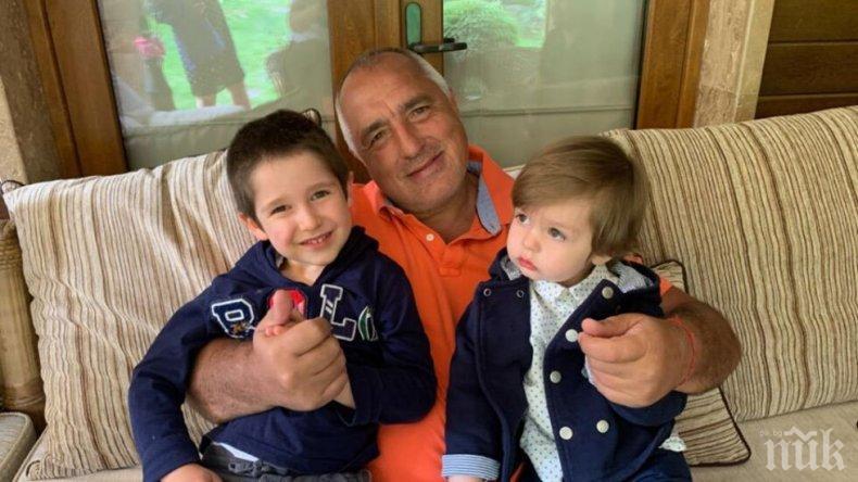 Борисов помогна на Мая Манолова да се излекува от рак, тя опъна черни чували пред дома на внучетата му