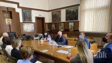 Главният прокурор Иван Гешев събра топ обвинители от страната за борбата с битовата престъпност