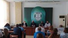 ПЪРВО В ПИК: Главният прокурор посети и Бургас</p><p>