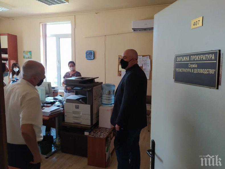 ПЪРВО В ПИК: Главният прокурор Гешев на посещения в Стара Загора и Сливен
