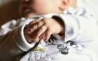 НОВ УЖАС! Две бебета от Пловдив и Асеновград заразени с COVID-19, едното е в болница
