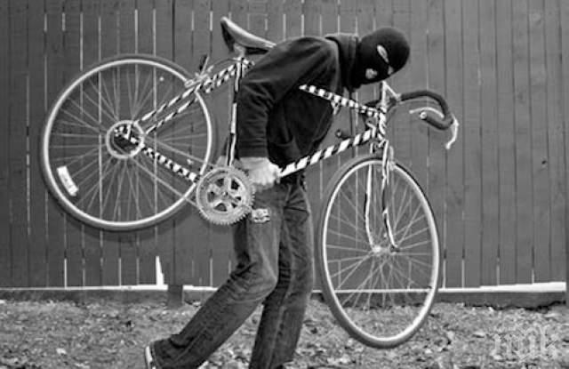 БРАВО: Мъж подгони крадец, върна откраднато от дете колело