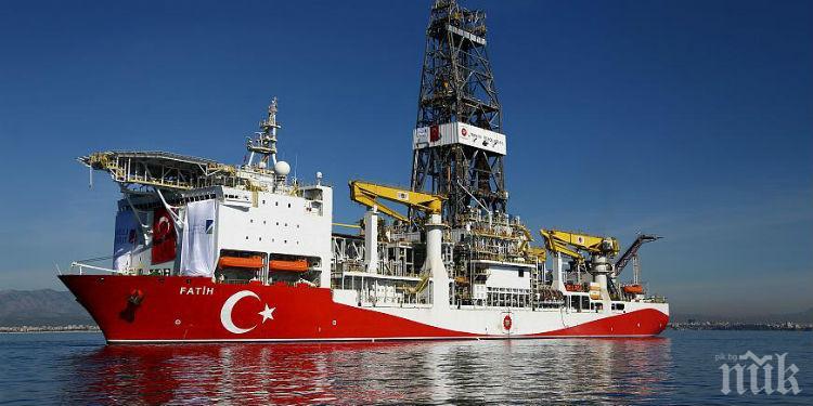 Гърция иска извънредна среща на ЕС заради сондажите на Турция в Средиземно море