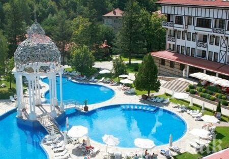Приходите на хотелите се възстановяват частично през юни спрямо май