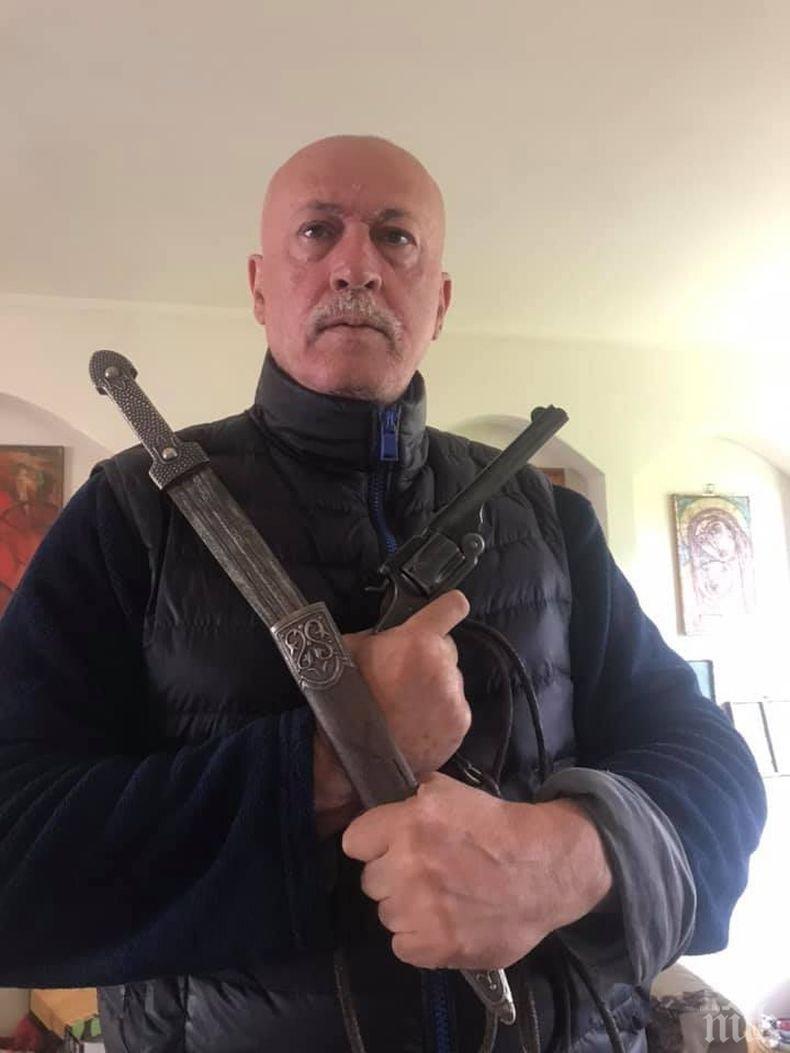 Максим Генчев откри актьор за Каравелов