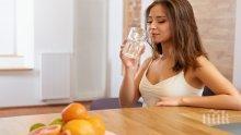Чаша вода на празен стомах: Ритуалът, който трябва да започнете още утре