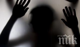 Малък извратеняк влиза в затвора - изнасилвал месеци наред 11-годишно момче в училищна тоалетна