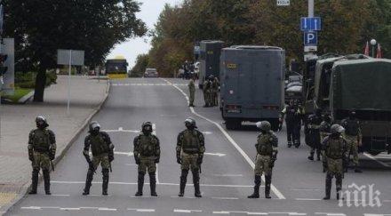 напрежението расте властите беларус струпват тежка военна техника заради протестите минск
