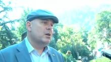 Гешев отсече в ромската махала на Кюстендил: Хора, които не плащат никакви данъци, няма как да се разхождат демонстративно с коли за хиляди евро (ВИДЕО)
