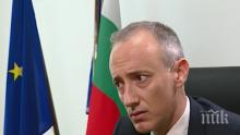 Министър Вълчев успокои родителите: Децата ще носят маски в училище не повече от половин час дневно