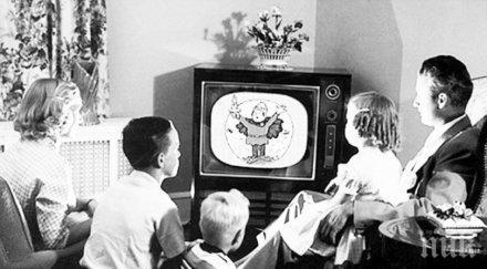 Спомени от соца: В квартала имаше само един телевизор, ходехме на гости да гледаме филми