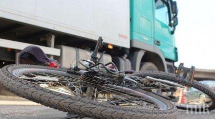 Млад шофьор помете велосипедист и го уби