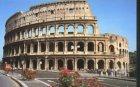 Задържаха поредния турист, драскал по Колизеума