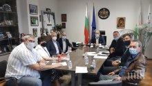 Министър Кралев с важна информация за отварянето на спортните зали за публика