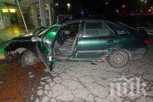 Непълнолетен крадец на кола катастрофира при гонка с полицията