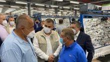 ПЪРВО В ПИК TV: Борисов на инспекция в автомобилно предприятие - разкри каква помощ ще получи бизнесът (ВИДЕО/ОБНОВЕНА)