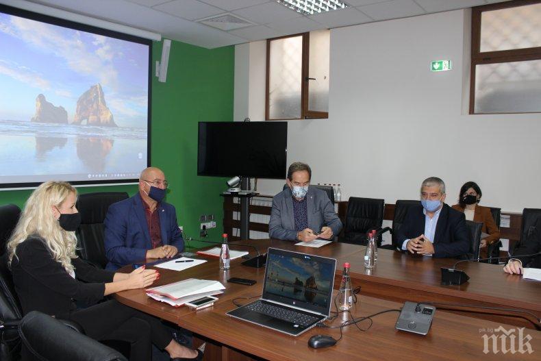 Министър Димитров: Средствата от такси за водите ще се връщат във водния сектор