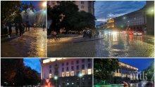 ЗА ПОРЕДЕН ДЕН: Площадът е пуст, метежът остана без хора (СНИМКИ)