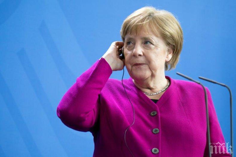 Ангела Меркел призова за незабавно спиране на огъня в Нагорни Карабах