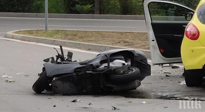 НЕЛЕПО: 27-годишен моторист почина в болница след пътен инцидент във Велики Преслав