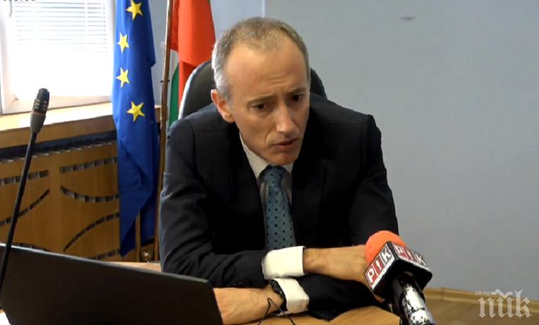 Министър Вълчев с много добра новина - дават се 1.3 млрд. лева повече за образование