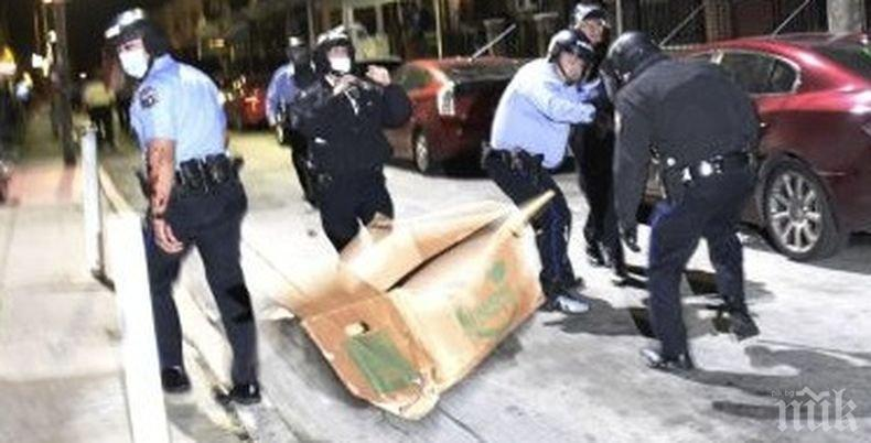 Комендантски час във Филаделфия заради масови безредици