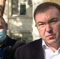 Здравният министър проф. Костадин Ангелов заминава спешно за МБАЛ-Шумен