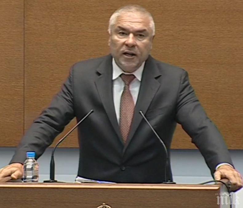 Веселин Марешки: Не трябва да позволяваме затварянето на държавата