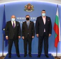Министър Кралев се срещна с ключов фактор във волейбола
