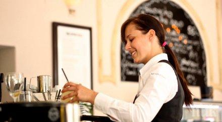 Ресторантьорите настояват за строги санкции за нарушаване на мерките срещу пандемията