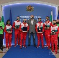 Кралев награди медалистите от Европейското първенство по бокс за младежи и девойки