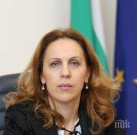 Марияна Николова не подкрепя затварянето на ски курортите