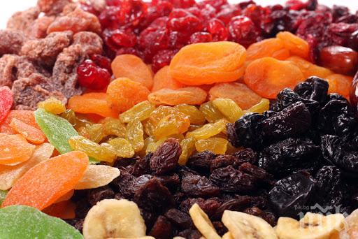 ПРОУЧВАНЕ ДОКАЗА: Сушените плодове са по-полезни от пресните