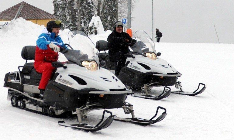 Путин и Лукашенко покараха ски в Сочи (ВИДЕО)