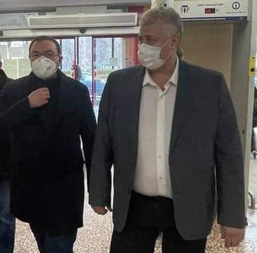 Проф. Ангелов и проф. Балтов отговаряха на въпроси на желаещи да се ваксинират